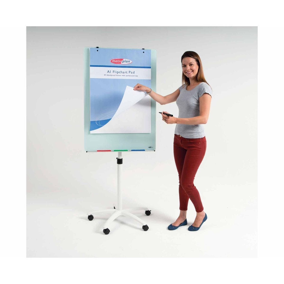 Metroplan WriteOn Magnetic Glass Flipchart Easel