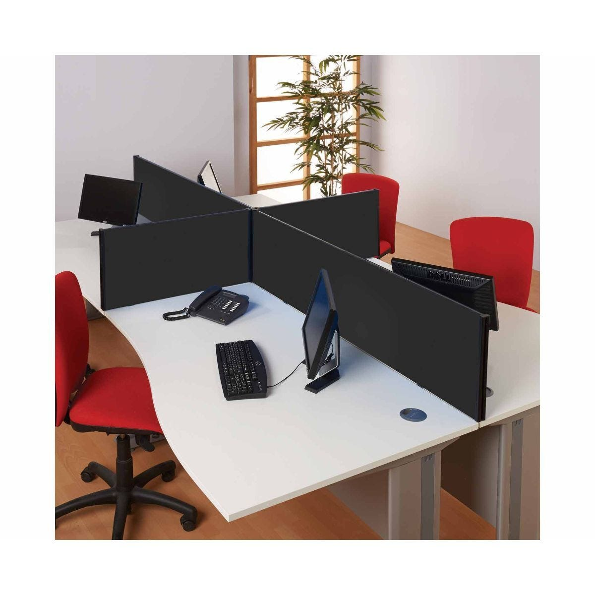 Metroplan BusyScreen Desk Mounted Partition Screen 400 x 1600mm Black