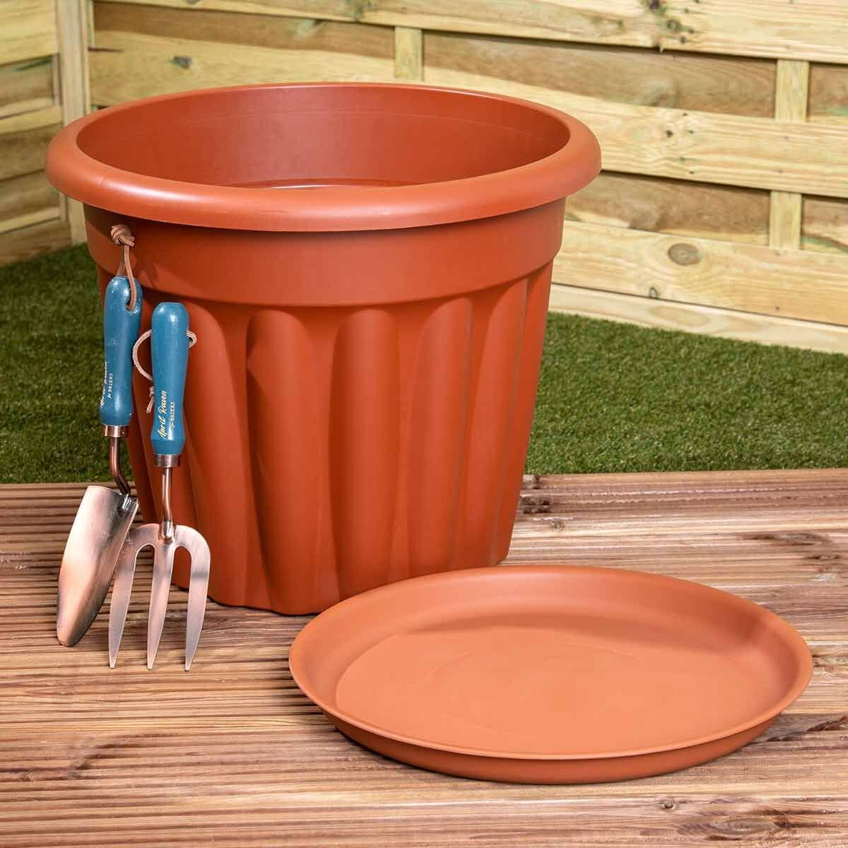 Wham Vista Traditional Planters with Trays 50cm Set of 5 Terracotta