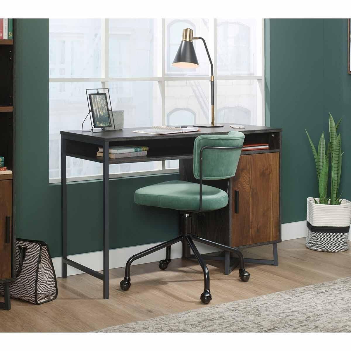Teknik Canyon Lane Home Study Desk