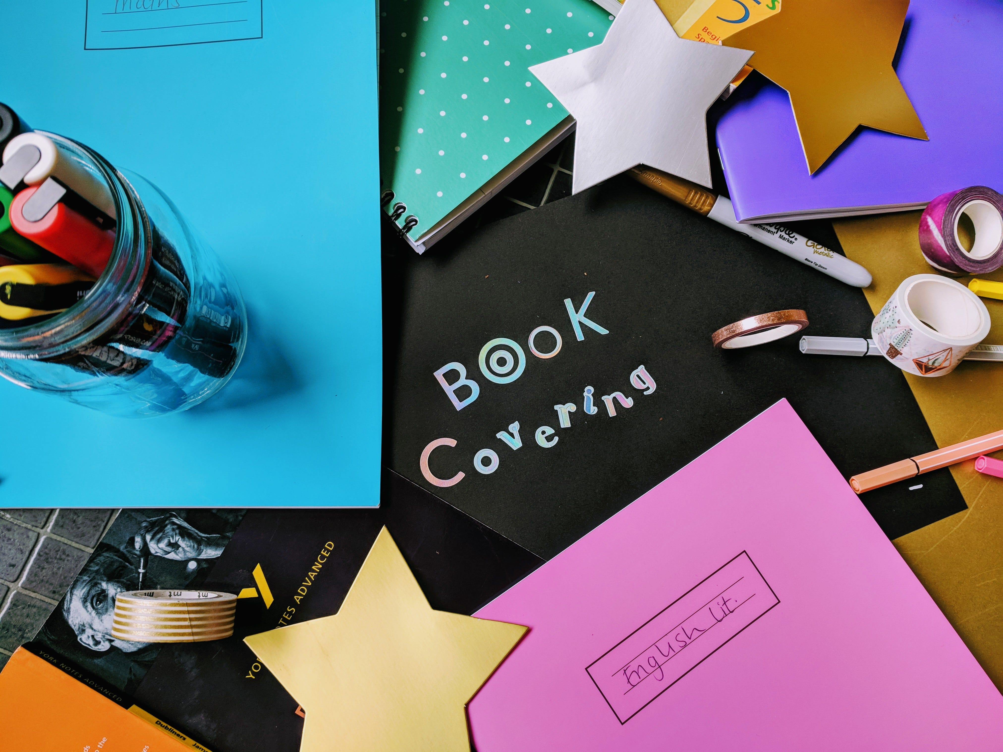 How to Cover School Books Step by Step