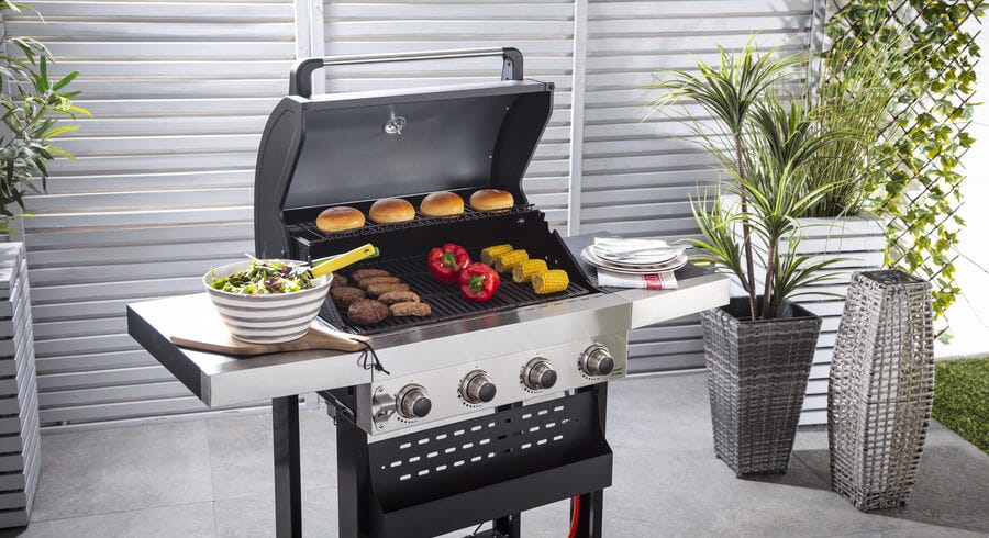 Our BBQ Checklist to Plan an Epic Summer Party